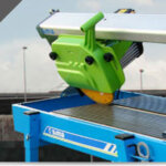 What is and how to use a wet tile saw?